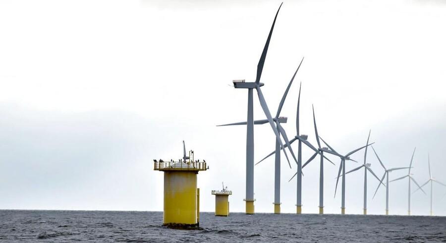 Anholt Havmøllepark på 400 MW, som DONG Energy har opført.