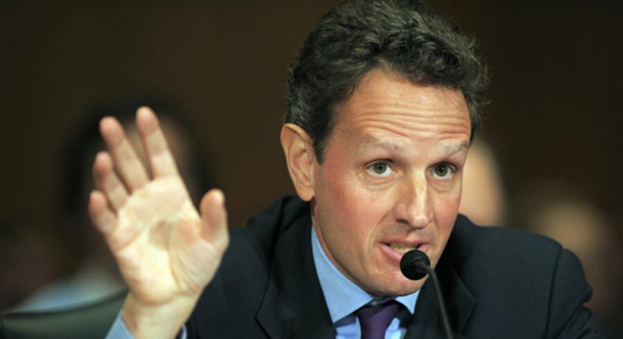 USAs nye finansminister, Timothy Geithner, lovede i går dristige, hastige, og følsomme handlinger for at få ro på den amerikanske økonomi.
