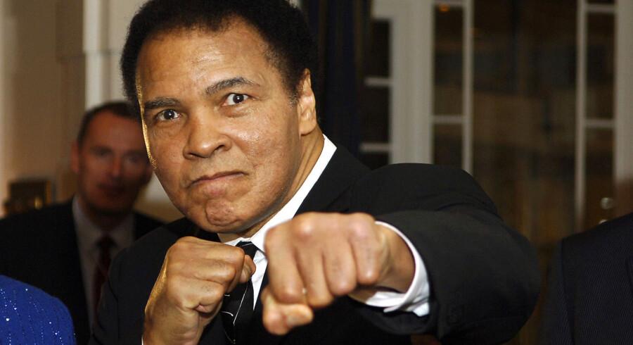 Bokselegenden Muhammad Ali er død, 74 år gammel. Billedserien her er fra da den ikoniske bokser og frihedskæmper fejrede sin 70-års fødselsdag.