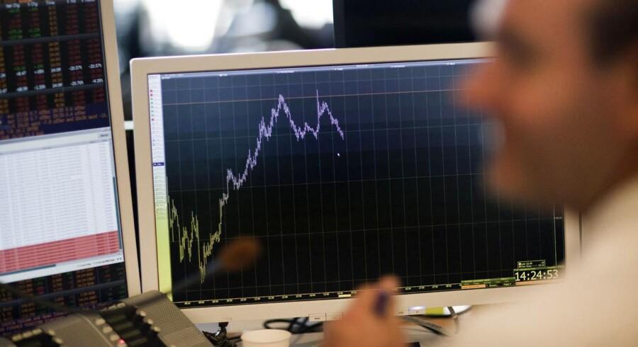 Med købstilbuddet fra Sydbank stryger Diba-aktien til vejrs på børsen med en stigning på næsten 100 procent.