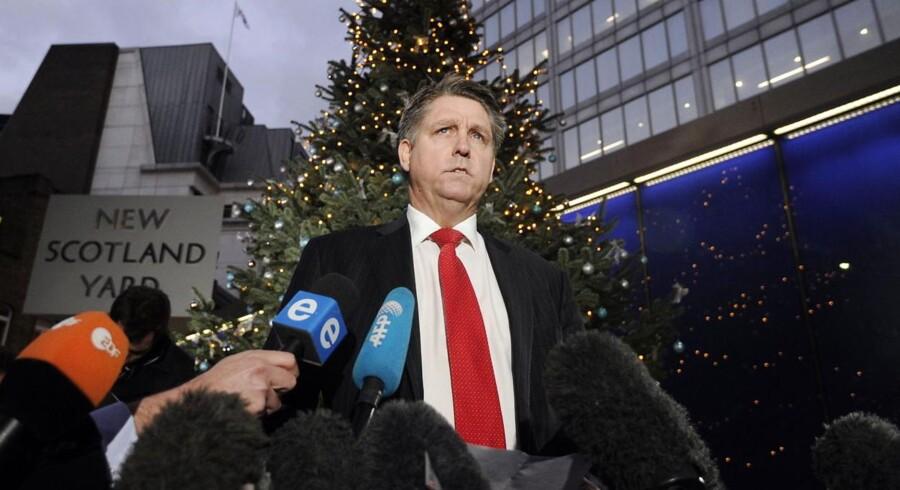 Scotland Yard holdt torsdag eftermiddag pressemøde om sagen om de tre tilfangetagne kvinder.