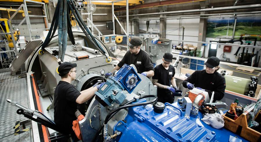 Vindmølleproduktionen i Brande er sat langt mere i system, siden Siemens overtog Bonus Energy i 2004. I samme periode er selskabets omsætning vokset fra 2,2 mia. kroner til over 21 mia. kroner, og medarbejderstaben er vokset fra 750 til 5.300.
