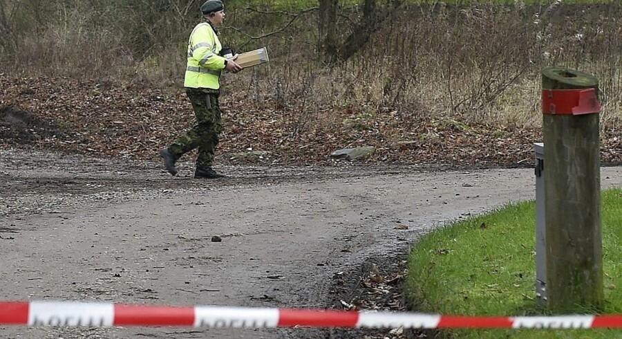 En 30-årig mand er blevet tiltalt i forbindelse med sidste års fyrværkeriulykker i Assens og Skjellerup, hvor tre mennesker mistede livet.