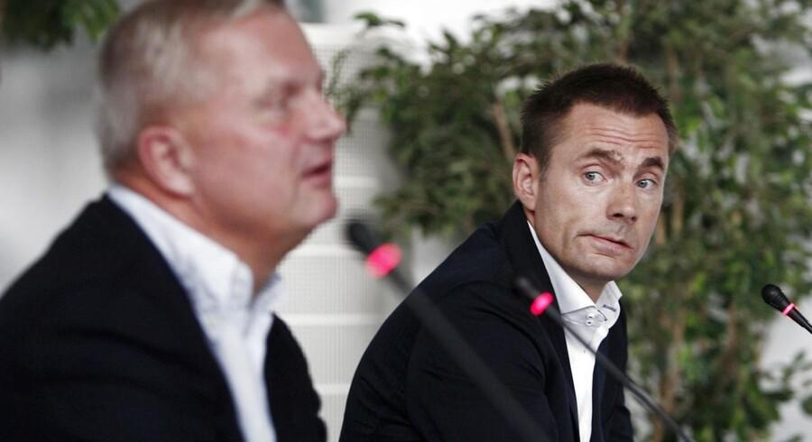 Brøndbys formand Aldo Petersen (til venstre) præsenterede i sidste uge endnu en aktieudvidelse, der skal gøre Jan Bech Andersen til klubbens suverænt største aktionær.