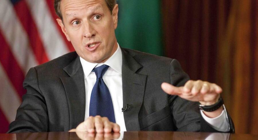 Den amerikanske finansminister Tim Geithner har rigeligt at se til for tiden. Politisk fnidder i Kongressen gør hans arbejde svært.