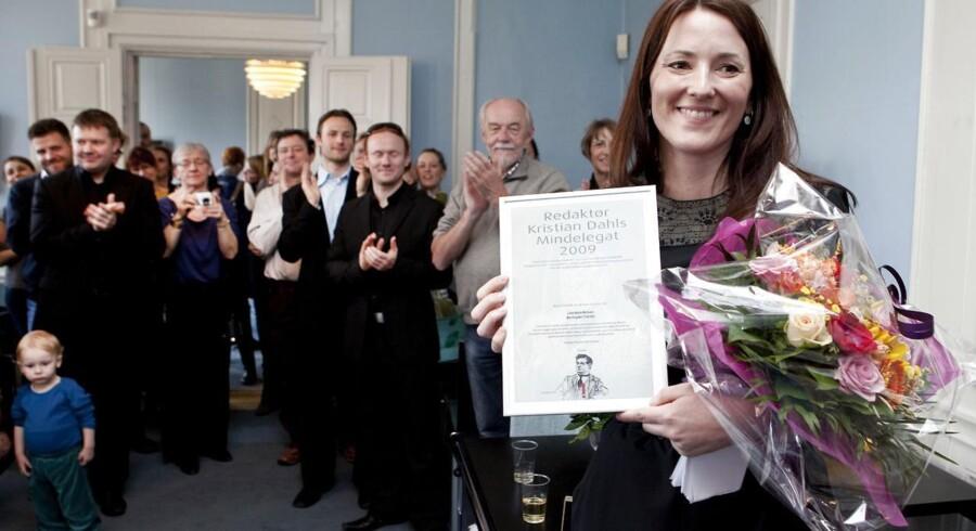 Berlingske-journalist Line Holm Nielsen modtog i 2010 Dansk Journalistforbunds »Kr. Dahls Mindelegat«, også kaldet »den lille Cavling«.