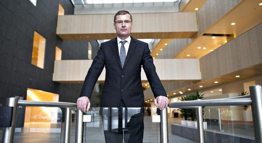 Ditlev Engel risikerer sit eget job, hvis tidligere finansdirektør Henrik Nørremark har en trumf i ærmet i en retssag om hans fratrædelsesgodtgørelse, skriver Jyllands-Posten.