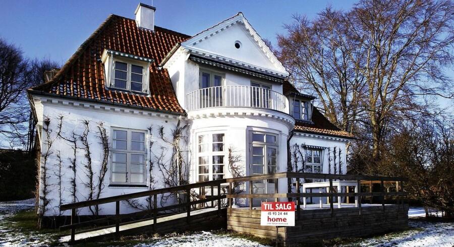 Boligpriserne falder nu kun svagt, men set over de seneste fem-seks år har boligejerne i Østdanmark oplevet, at en fjerdedel af boligens værdi er pist væk.