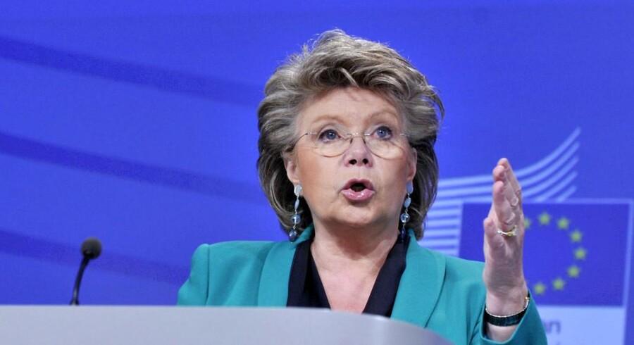 EU kommisær for retlige og indre anliggender, Viviane Reding, overvejer et direktiv med et krav om minimum 40 pct. kvinder i bestyrelserne.
