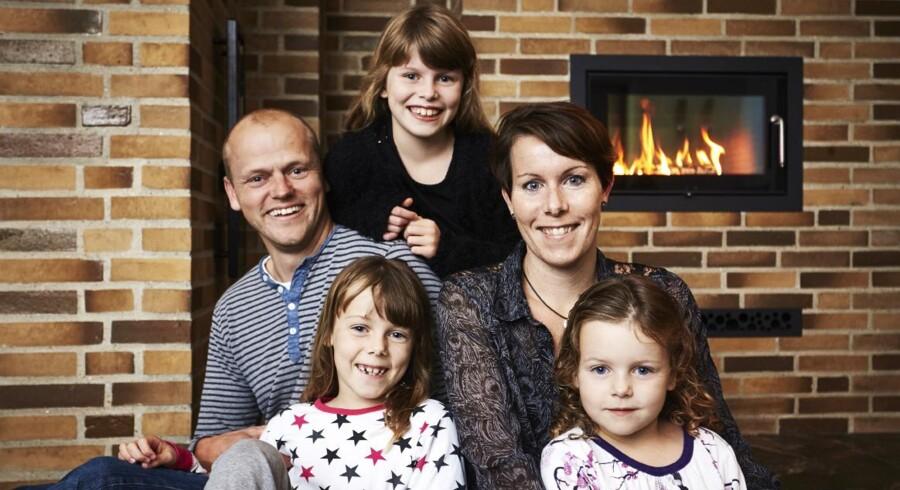 Familien har prioriteret varme farver på alle 209 kvm i det nybyggede hus i Pandrup.
