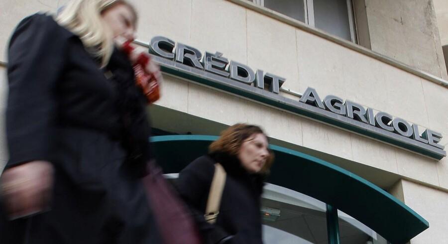 Banken har indregnet en negativ post på 542 mio. euro i regnskabet, der afspejler den teoretiske pris, banken ville skulle betale, hvis den skulle i markedet og købe al sin egen gæld tilbage.
