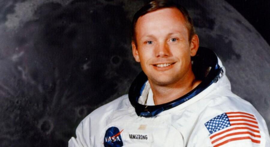 ARKIVFOTO. Armstrong døde 82 år gammel 25. august af problemer efter en hjerteoperation.
