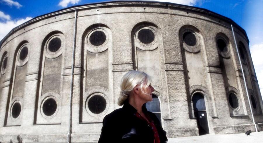 Pia Jette Hansen teaterchef på Østre Gasværk Teatret er kommet i en tilskudsdilemma.