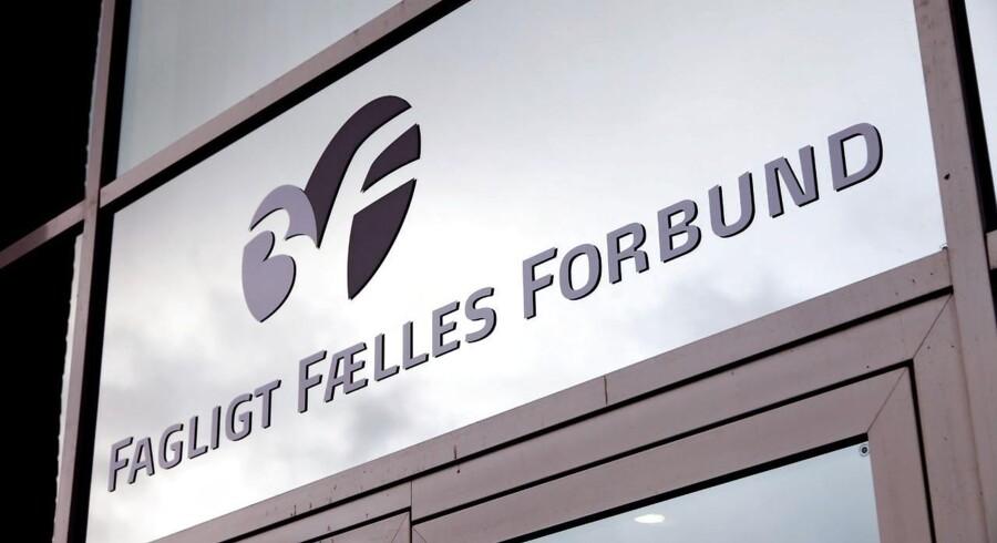 Danmarks største A-kasse hos 3F har indtil videre udbetalt efterlønspenge til godt 78.000 nuværende og tidligere medlemmer af ordningen.