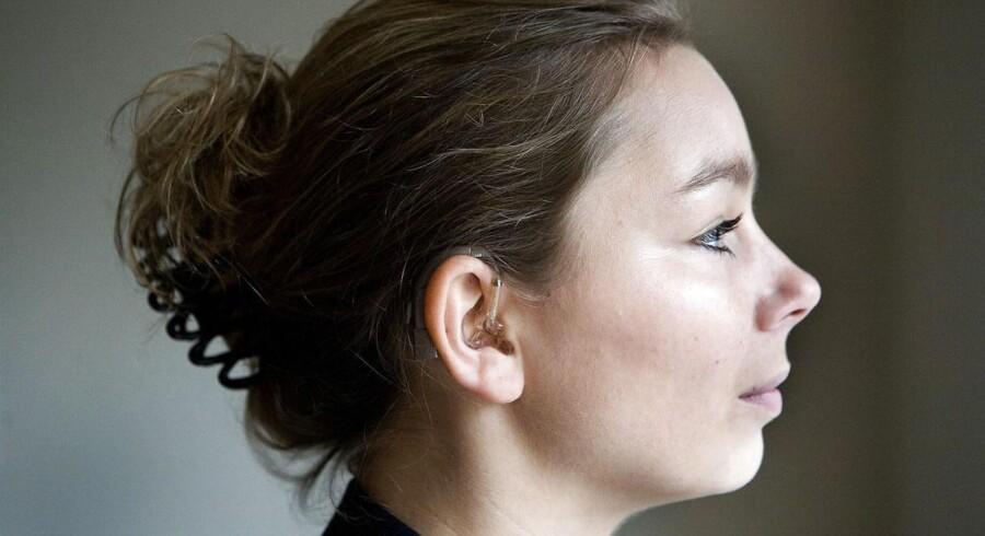 Mette Rinddal har høreapparat og fik derfor ikke det job hun søgte.