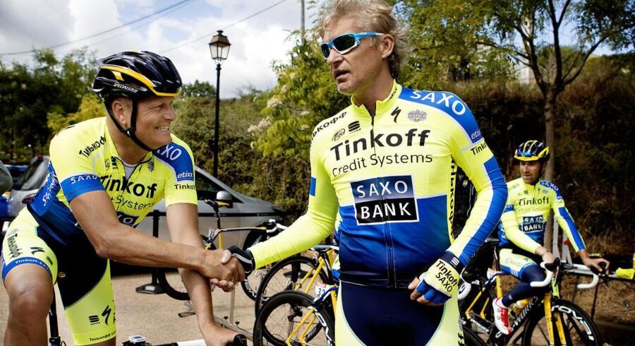 Bjarne Riis og Oleg Tinkov sammen, mens alt var godt på cykelholdet.