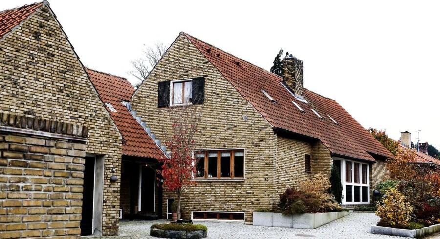 Vil du give over 40.000 kr. pr. kvadratmeter villa, skal du søge mod huse som dette i Charlottenlund.