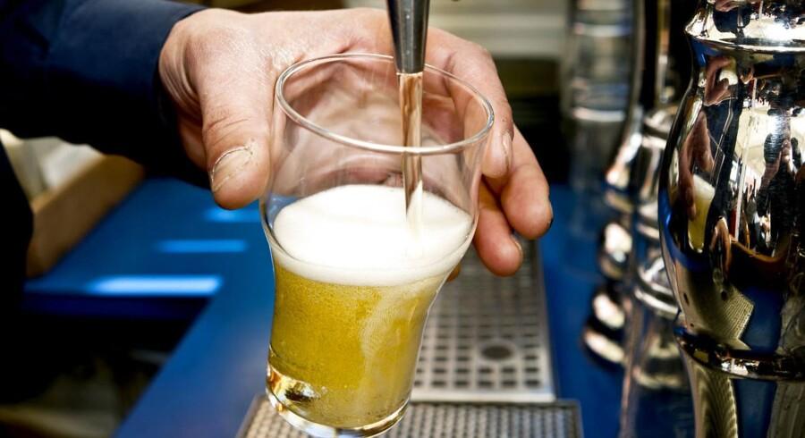 »Sidste år blev der solgt 2,2 milliarder liter alkoholfri øl i verden. Det er 80 procent mere end for fem år siden,« skriver magasinet The Economist.