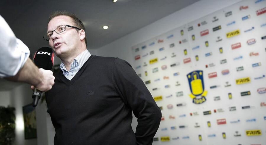 Brøndby-direktør Tommy Håkansson har sammen med bestyrelsen travlt med at strikke en plan sammen for klubbens finanser.
