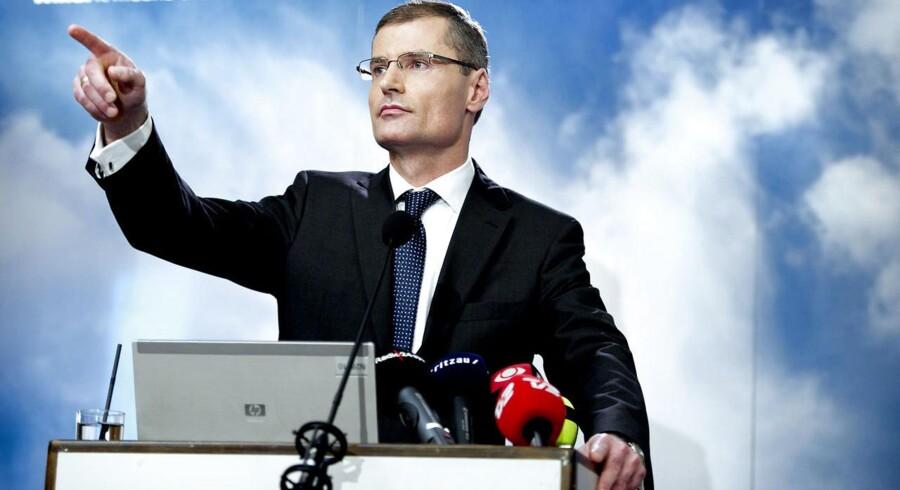 Ditlev Engel er under stærkt pres for at præsentere store ordrer inden årets udgang.