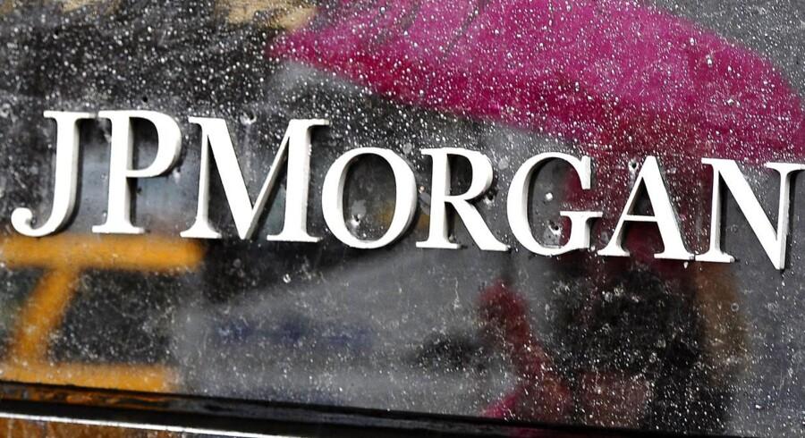 JPMorgan bliver stævnet for at have tilbageholdt oplysninger om bankens bundlinje - senatet har udarbejdet en rapport, hvori der fremgår alvorlige beskyldninger. Fredag er der høring i sagen.