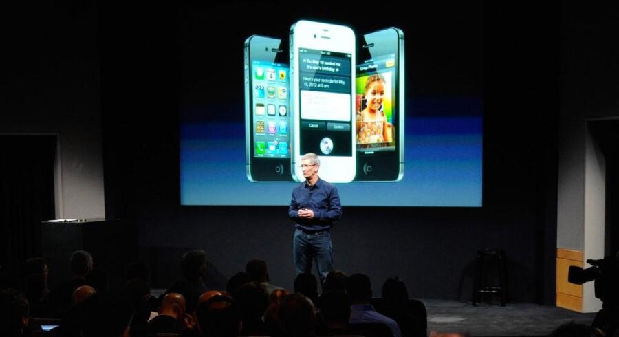 Apples nye topchef, Tim Cook, præsenterede iPhone 4S for en uge siden. Arkivfoto: Kevork Djansezian, AFP/Scanpix