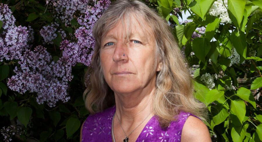 Svenske Ingela Liljestrand har arbejdet som sygeplejerske i København i 16 år og har desuden haft ekstrajob i Sverige og Norge - det sidste har nu udløst en ekstra skatteregning.