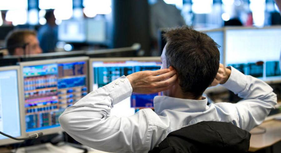 Private aktionærer køber og sælger alt for ofte, og tilmed også på de helt gale tidspunkter - mener de professionelle.