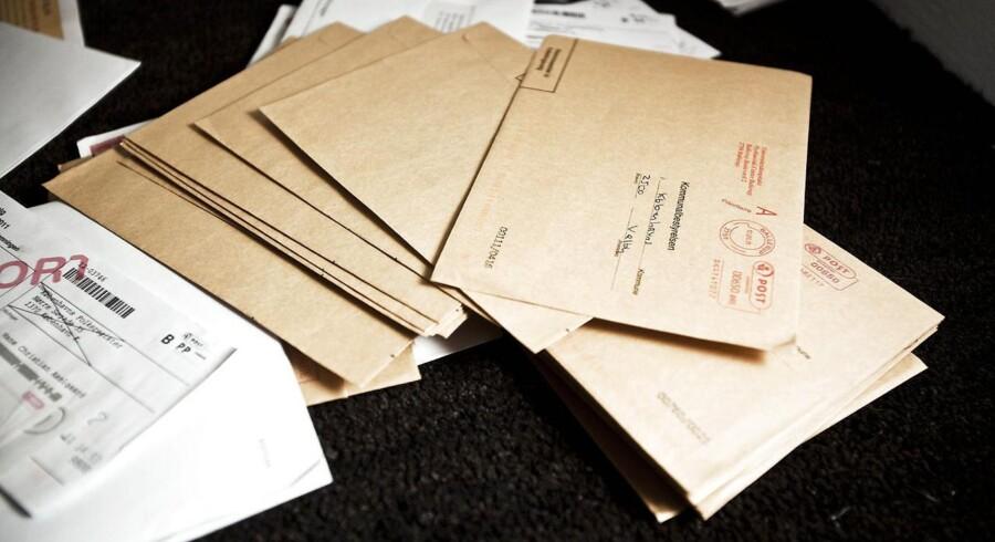 Der sendes færre konvolutter - og tilsyneladende væsentligt færre - end konvolutproducenten Intermail regnede med, da man offentliggjorde forventningerne til det forskudte regnskabsår 2014/2015.