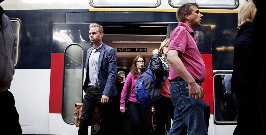 DSBs passagerer blev onsdag ramt af store forsinkelser grundet et fagligt møde for lokoførere. De er utrygge ved at have ansvaret for sikkerheden.