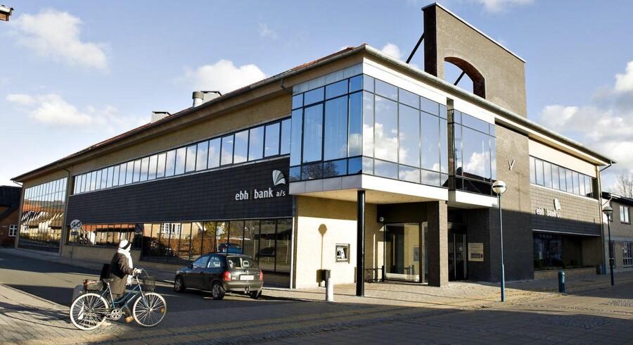 Vestre landsret afviser at droppe erstatningssagen mod ledelsen i den krakkede EBH-bank. Her det tidligere hovedsæde i Fjerritslev.