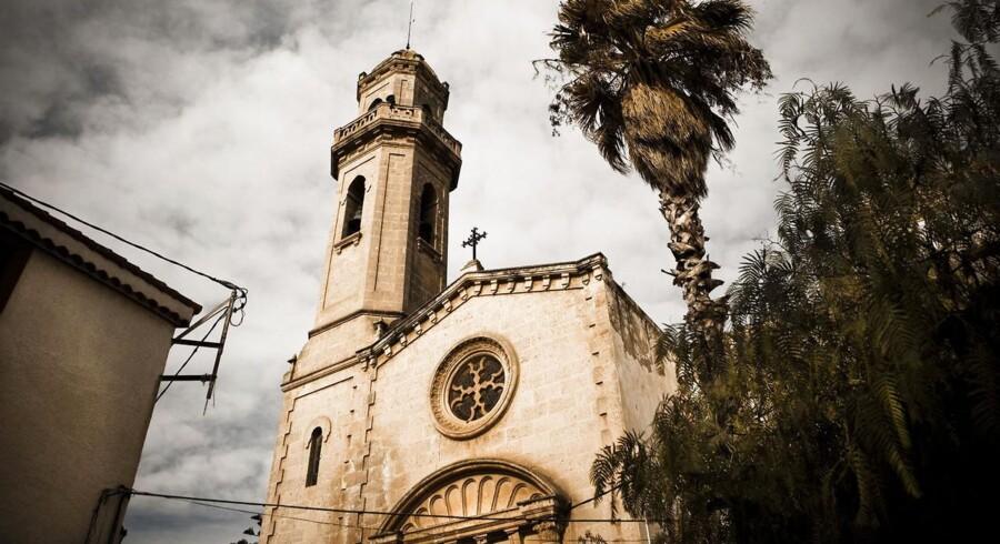 De spanske premierministers lovgivning bliver mere og mere konservativ til den katolske kirkes glæde. Her er det en lille kirke i Catalonien.