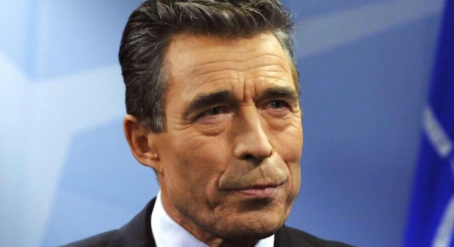 Problemerne med byggeriet af NATOs nye hovedkvarter i Bruxelles er blevet til en hovedpine for generalsekretær Anders Fogh Rasmussen, der angiveligt på et møde med NATO-ambassadørerne har bedt dem om at behandle sagen fortroligt