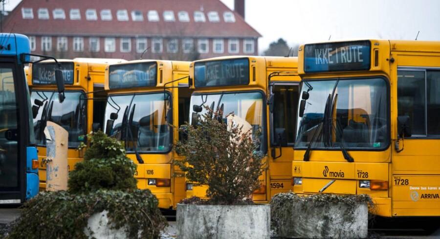 Det er blandt andet buschauffører og andre ansatte på transportområdet, som har fået ny overenskomst.