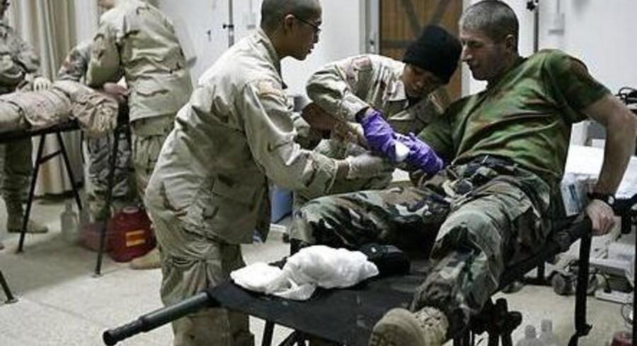 Den amerikanske hær begyndte i 2004 at bruge NovoSeven som standardbehandling til sårede amerikanske soldater i Irak.