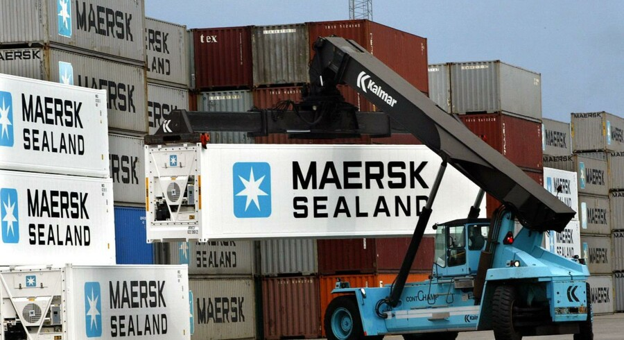 Port of Tanjung Pelepas blev først officielt »søsat« i 2000, og har allerede en kapacitet på 10,4 mio. TEU årligt. Til sammenligning håndtere Port of Singapore ca. 19,3 mio. TEU om året.