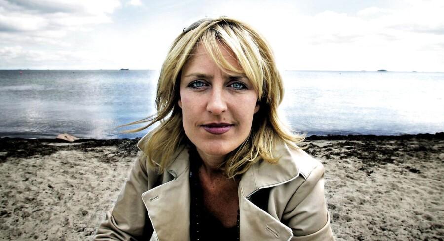 Filminstruktøren Charlotte Sachs Bostrup stillede i 2005 op til byrådet i Gentofte, og hun blev valgt ind. Problemet var bare, at hun ikke ville være kommunalpolitiker. For at slippe fri, måtte hun flytte til en anden kommune.