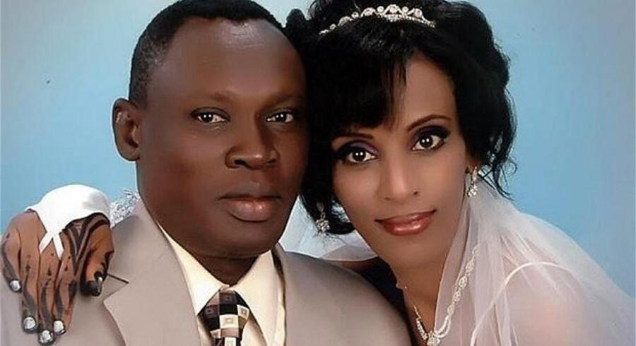 Meriam Ibrahim er gift med Daniel Wani. Straf: 100 piskeslag og dødsstraf.