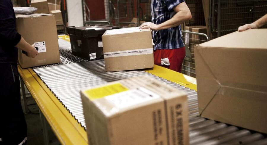 Julehandlen på nettet står til at stige igen i år. Men handel på nettet er ikke nødvendigvis problemfrit. En femte del oplever, at de aldrig modtager deres pakkepost, som de har købt over internettet.