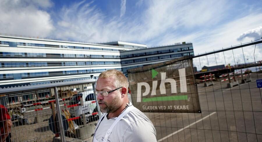 Byggerier på Århus Havn står stille pga. Pihl-konkursen. Udover stilstanden i diverse byggerier, så kan Pihl-konkursen koste op imod 1000 arbejdspladser.
