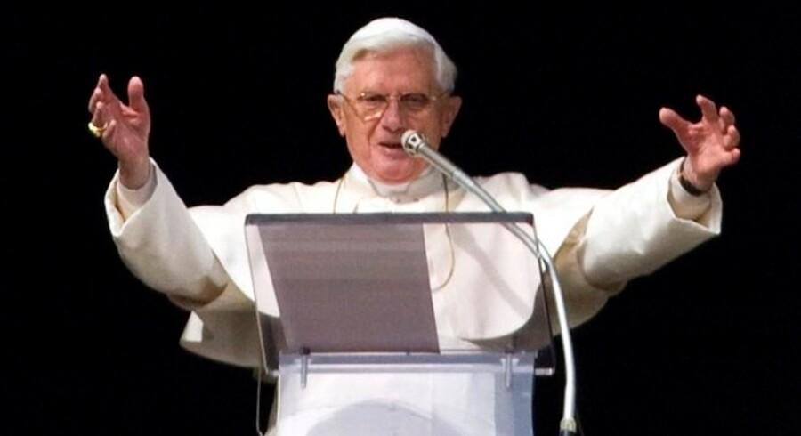 P-piller er uønskede i Vatikanet. Derfor har Novartis topchef fået den kolde skulder, efter han ellers var blevet inviteret til pavestaten i Rom.
