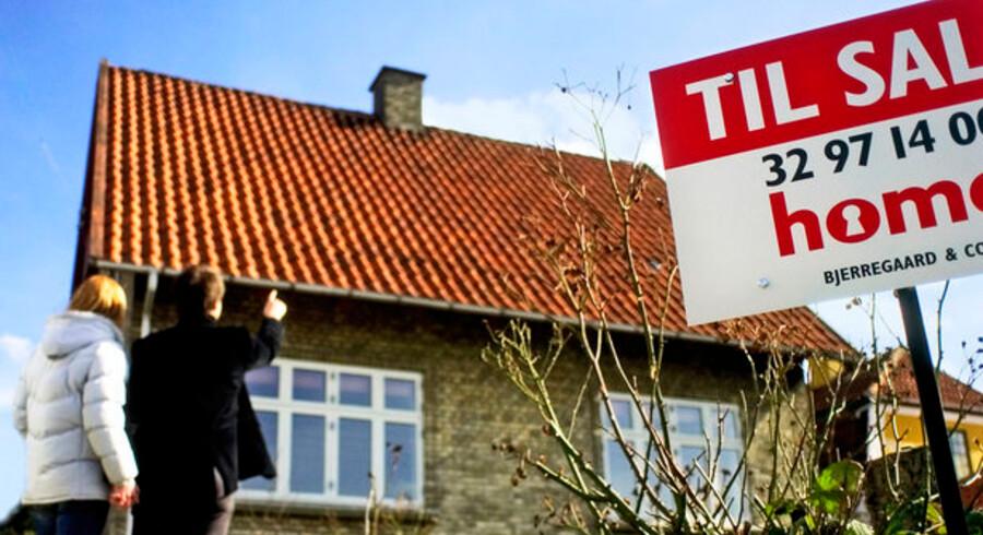 Danske boligejere vil formentlig et godt stykke tid endnu nyde godt af de meget lave korte renter. Otte ud af ti nye lån i første kvartal var flekslån.