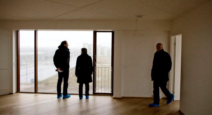 De mange ledige lejligheder i nybyggerier i København kan måske endelig få beboere, fordi boligsøgende nu vender sig mod leje-lejligheder.