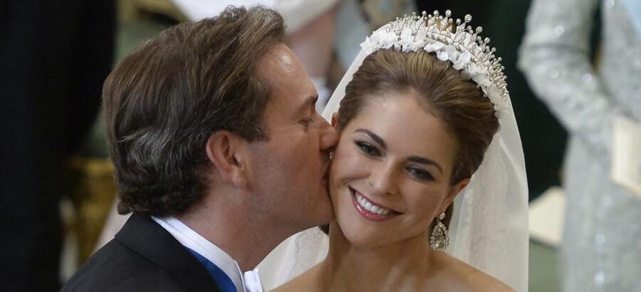 Chris O'Neill og prinsesse Madeleine ved brylluppet 8. juni.