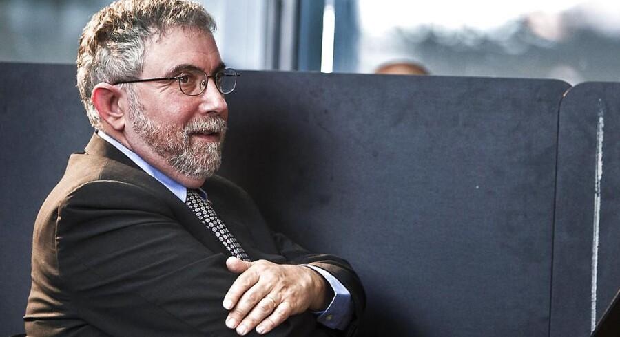 Topøkonom Paul Krugman mener at der er to veje ud af en økonomiske krise- og at begge er usandsynlige.