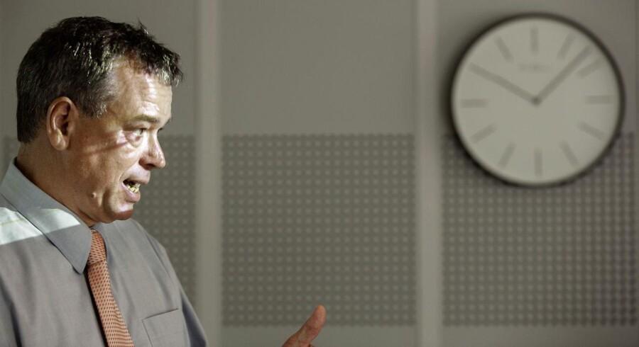 »Målet vil blive nået, så det er jeg ikke bekymret for,« fortæller Peder Holk Nielsen i et interview i Beijing ifølge Bloomberg News. INovozymes præsenterer halvårsregnskab nye administrerende direktør Peder Holk Nielsen
