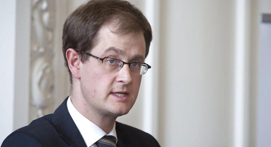 Mads Lundby Hansen, Cheføkonom i CEPOS, mener, at de offentlige udgifter i højere grad burde gå til sænkning af skattesatsen på arbejde og for virksomheder.