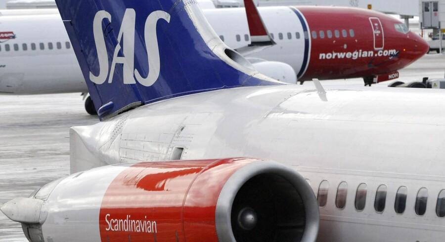 SAS og Norwegian har kastet masser af reklamekroner ind i kampen om det svenske marked.