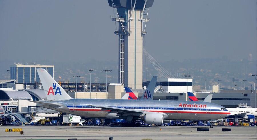 American Airlines' afskedigelser kommer som led i en større spareplan, der skal redde selskabet fra konkurs.