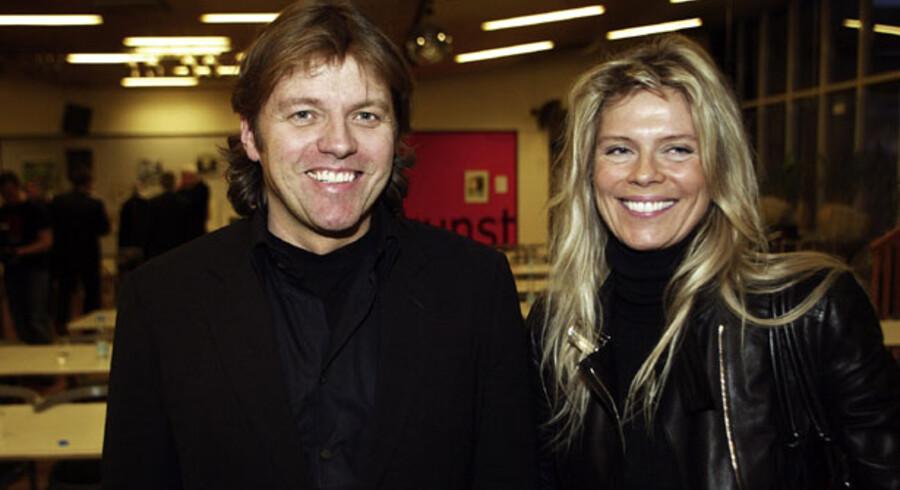 Det tidligere powercouple, islandske Jón Ásgeir og Ingibjörg Pálmadóttir, er nu sagsøgt i New York og anklaget for at have tømt Glitnir Bank indefra.